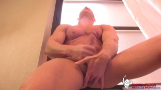 Johnny V jerks off at american muscle hunks