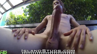 hung ripped guy Shannon at Island Studs