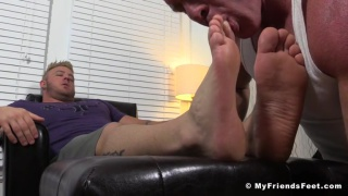 Aaron Bruiser at My Friends Feet