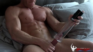 Johnny V at american muscle hunks