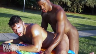 Seth Santoro And Adonis Couverture at Naked Sword