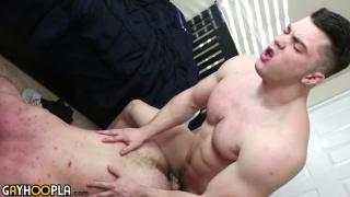 Ryan Judd & Collin Simpson fucking at Gay Hoopla