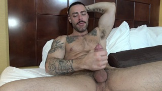 personal trainer Carlos gets fucked at str8 chaser