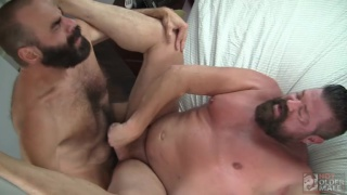 Steve Sommers fucking Mitch Davis at Hot Older Male