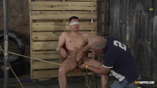 Hung New Arrival Mason Gets Stroked