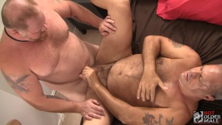 graydon emory ford fucks billy palermo at Hot Older Male