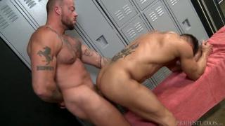 Sean Duran fucks Bryce Evans at Extra Big Dicks