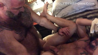 piss play with will angell & sean maygers at Muscle Bear Porn
